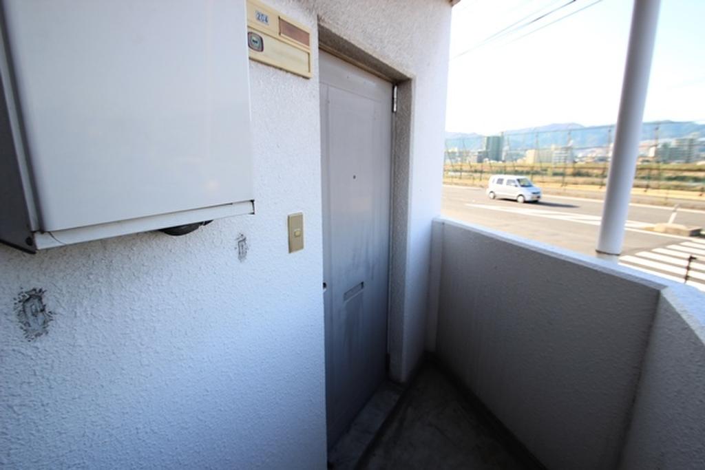玄関ドア外観