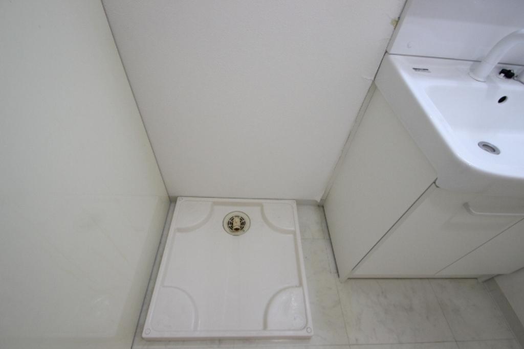 広島県広島市中区土橋町 室内洗濯機置き場