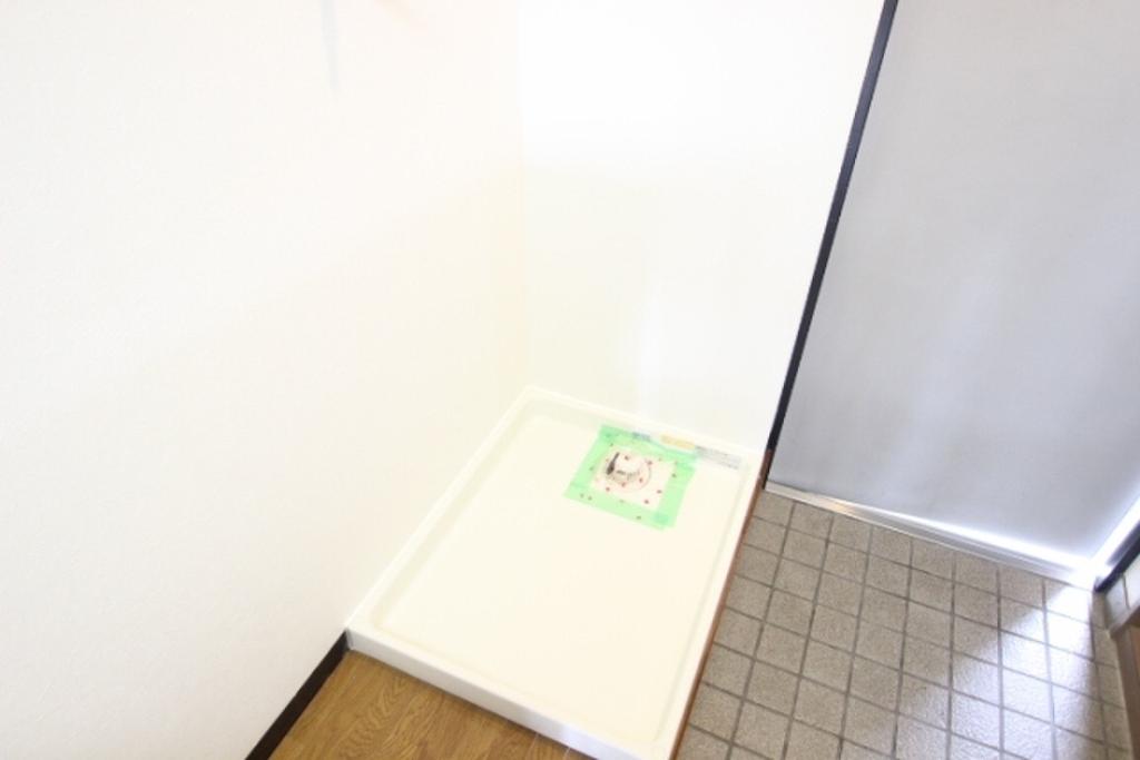 広島県広島市安佐南区祇園2丁目 洗濯機置場