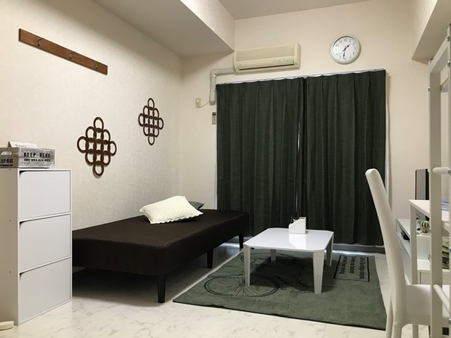 エールマンスリー堺町 参番館 1K 居室・リビング