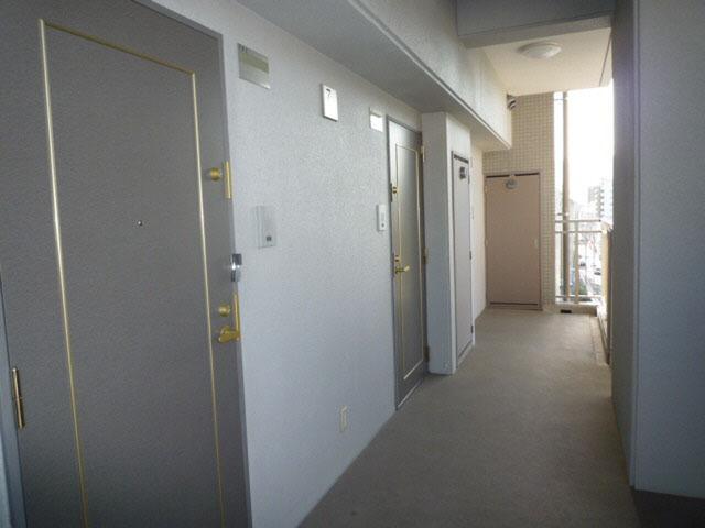 エールマンスリー堺町 壱番館 1K 廊下