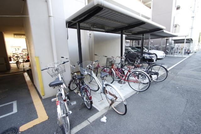 エールマンスリー宇品神田 1K 駐輪場